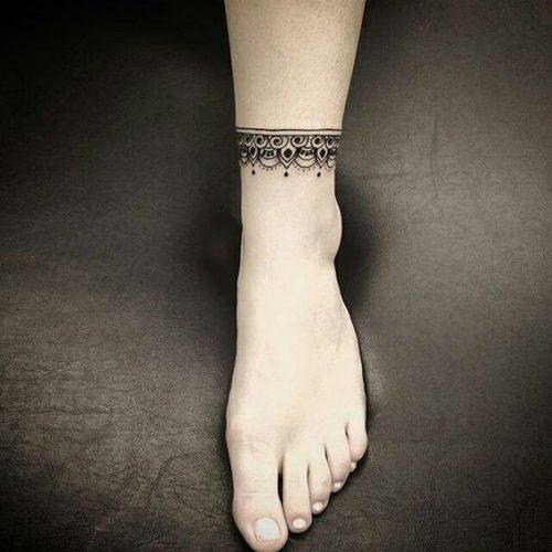 tatuagem na panturrilha dicas fotos cuidados e outros. Black Bedroom Furniture Sets. Home Design Ideas