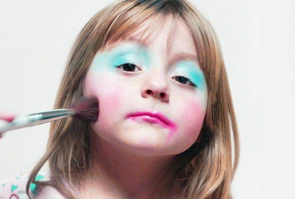 A partir de qual idade pode-se usar maquiagem produtos